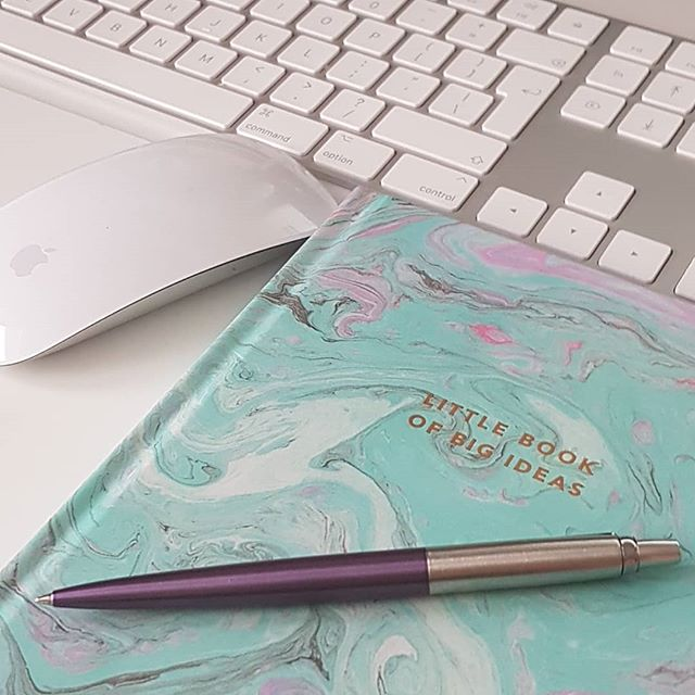 #work #plans #notes #parkerpen #ideas #thoughts #bulletjournal #bujo #apple #business #weddingphotographer #weddingphotography #selfemployedlife