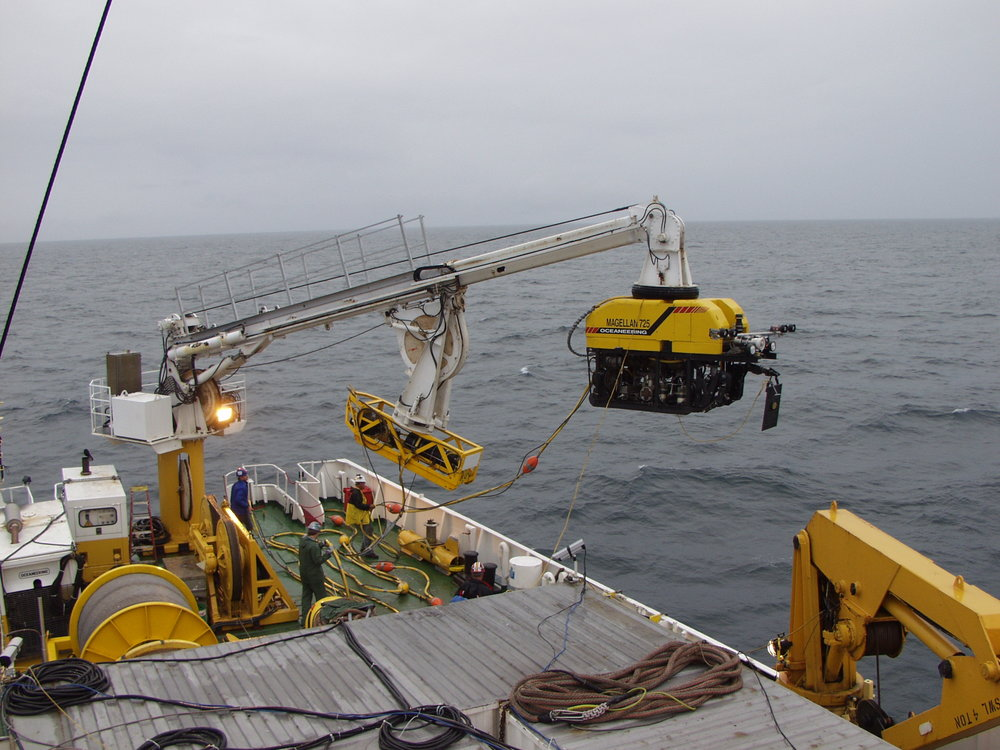ROV operations to 6000m. Photo from Bismarck and HMS Hood search and filming expedition.