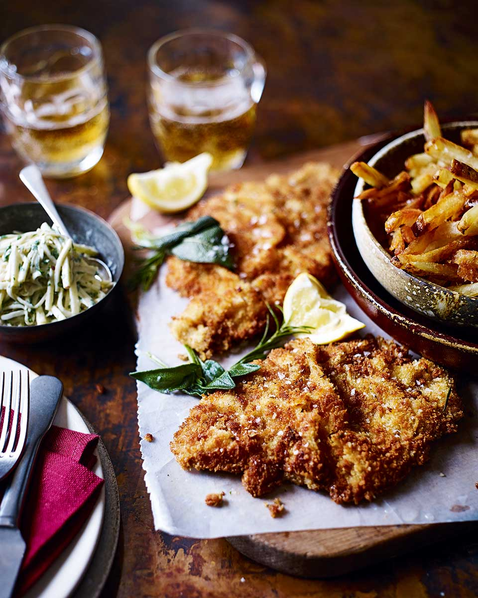 Veal schnitzel with apple remoulade