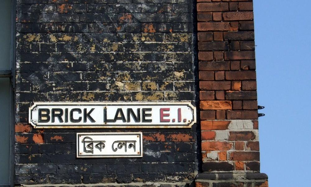 Brick_Lane_street_signs - BL Running Club.JPG
