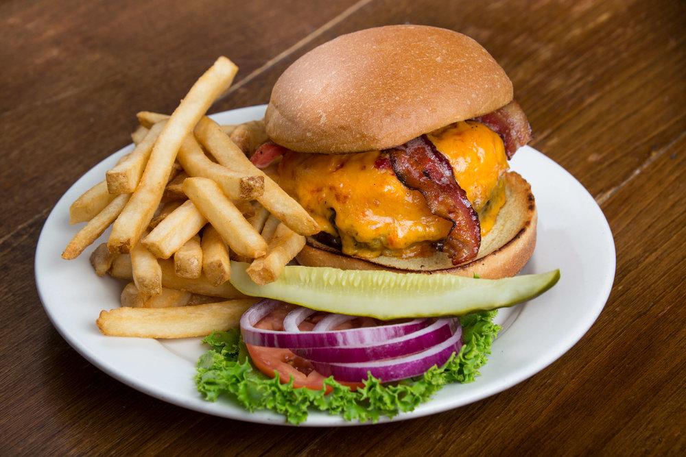Burger (1).jpg