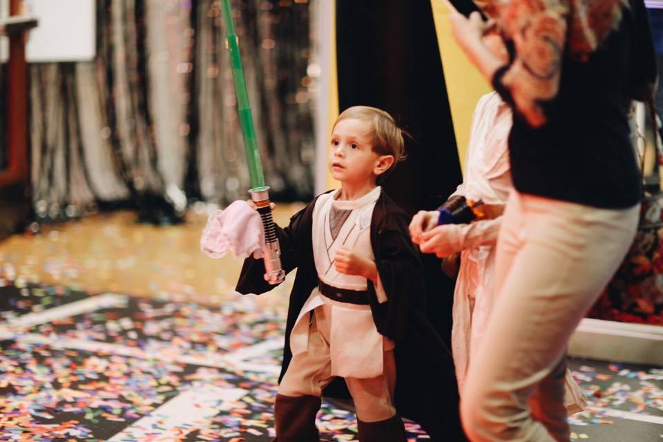 Elementary kid  in costume 1.jpg