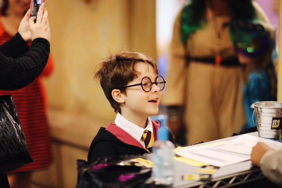 Elementary kid in costume 3.jpg