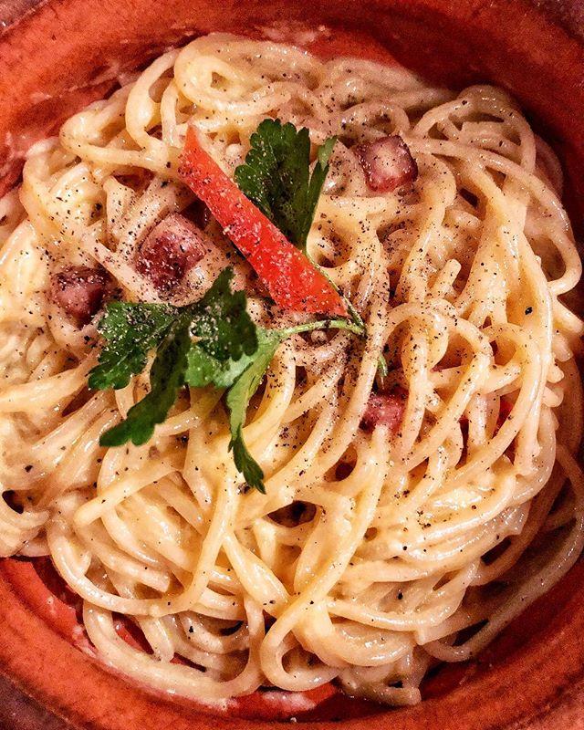 👨🏻🍳 ¿Mejor carbonara de Montevideo?  L͙A͙ B͙O͙T͙T͙E͙G͙A͙ 🍽 ---- #montevideouruguay #colchonconhambre #carbonarapasta #foodiesuruguay #spaghetti