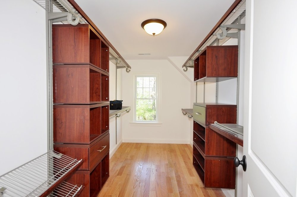 20-114 - master closet.jpg