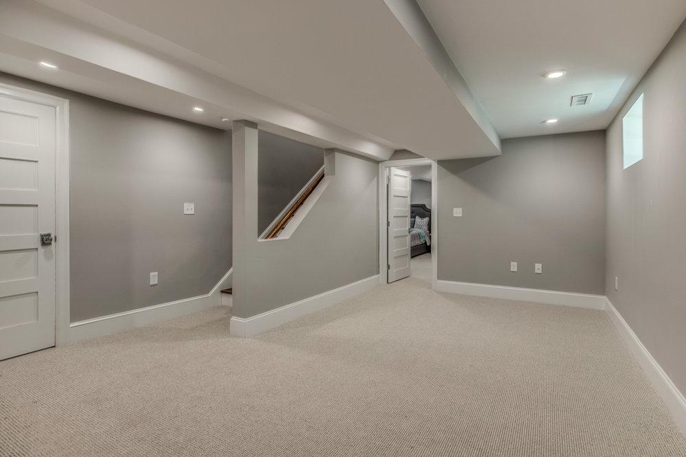 28_Lower_Level_Bedroom.jpg