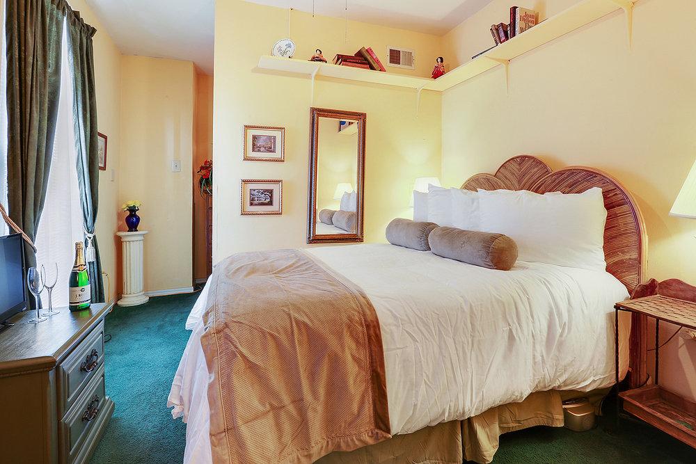 Room #8.jpg