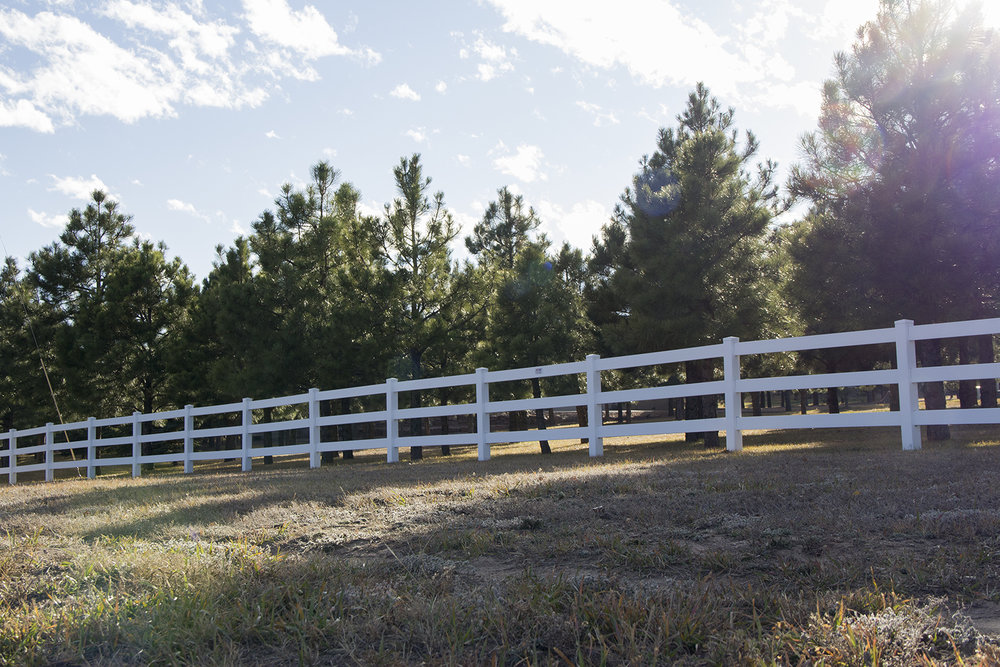 Custom Vinyl Fence Colorado Springs
