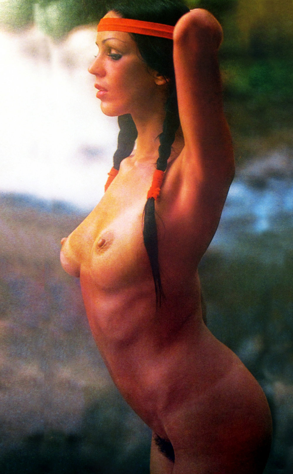 vintage-nude-photo-hippy-with-headband-braids