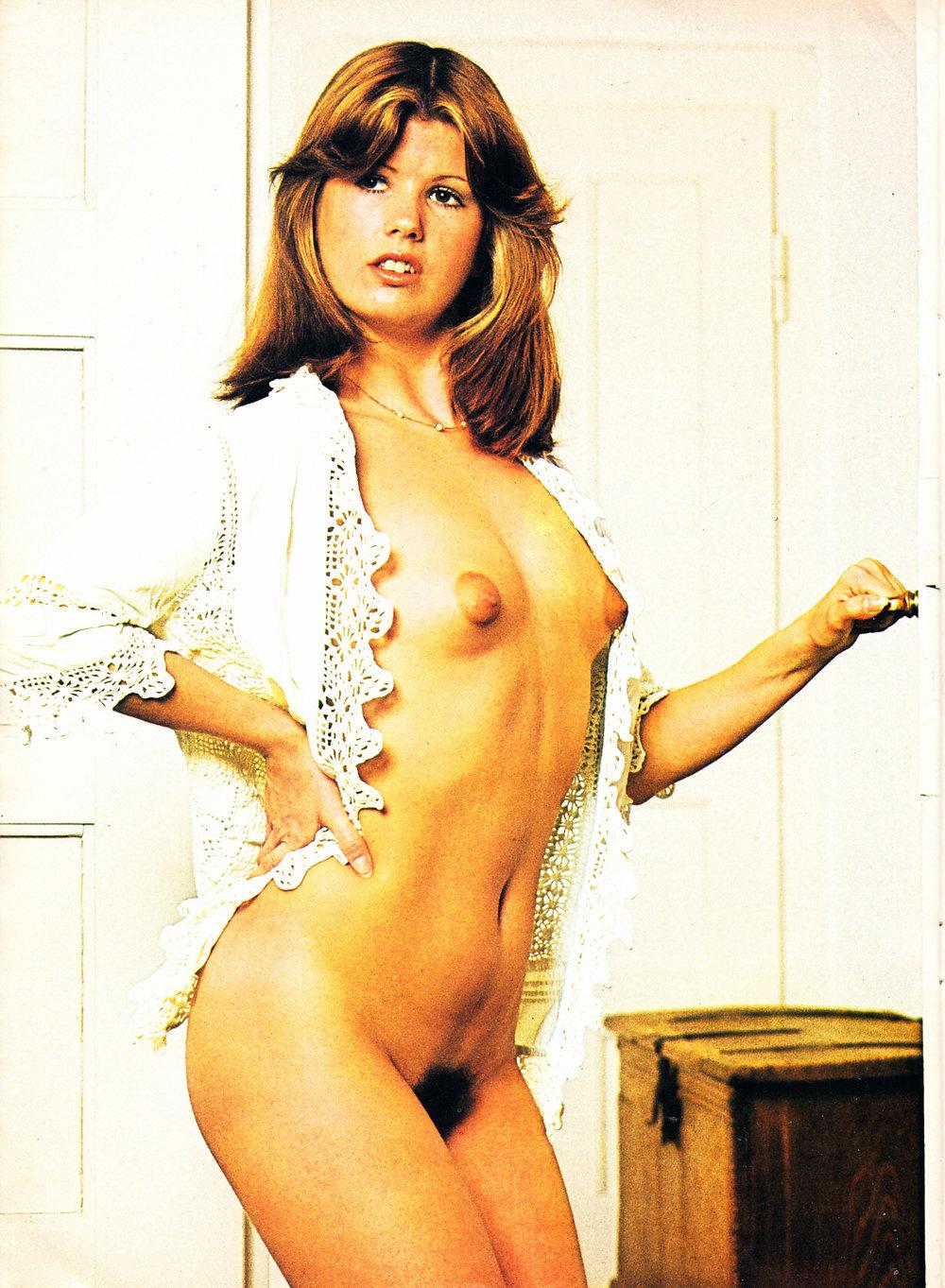 deborah-ralls-moi-magazine-1969