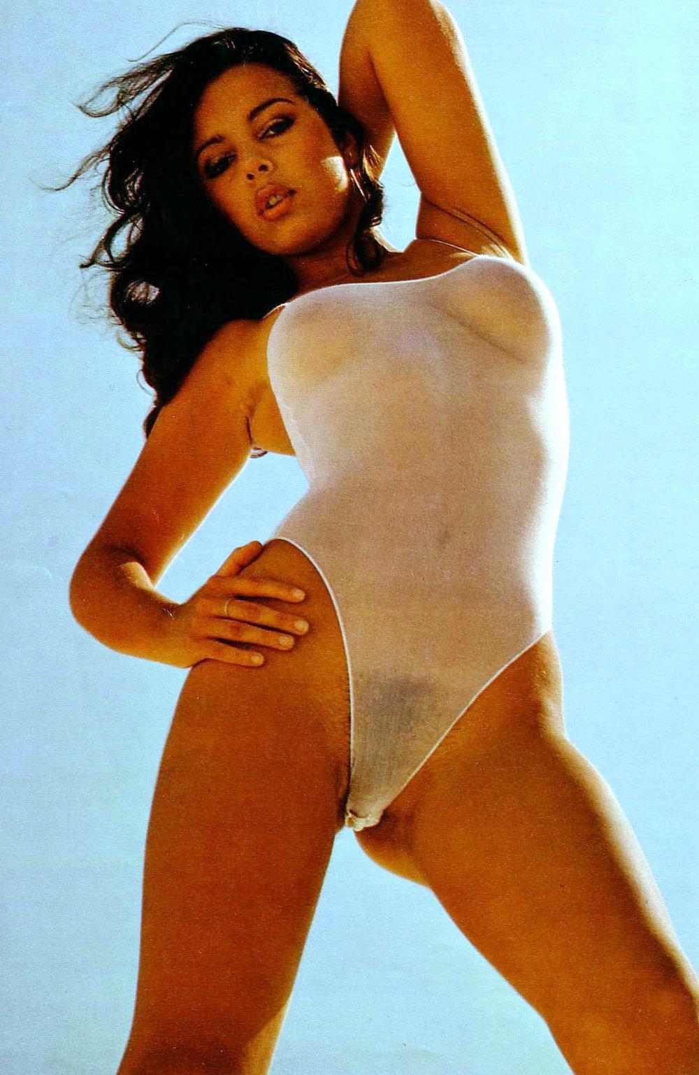 debbie-boyland-das-da-magazine-1981