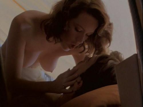 Molly Ringwald nude 11.jpg