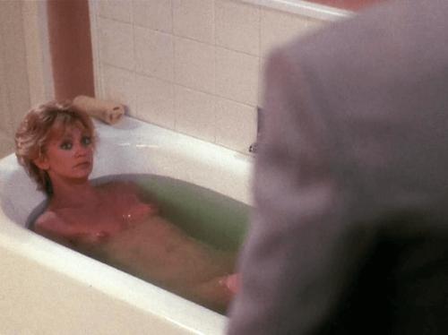 Goldie Hawn nude  02.png