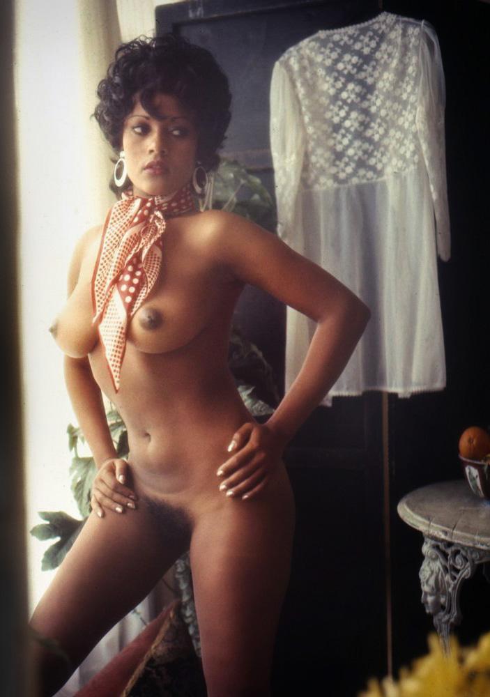 Isobel-Garcia-Orobiyi-penthouse-magazine-1972