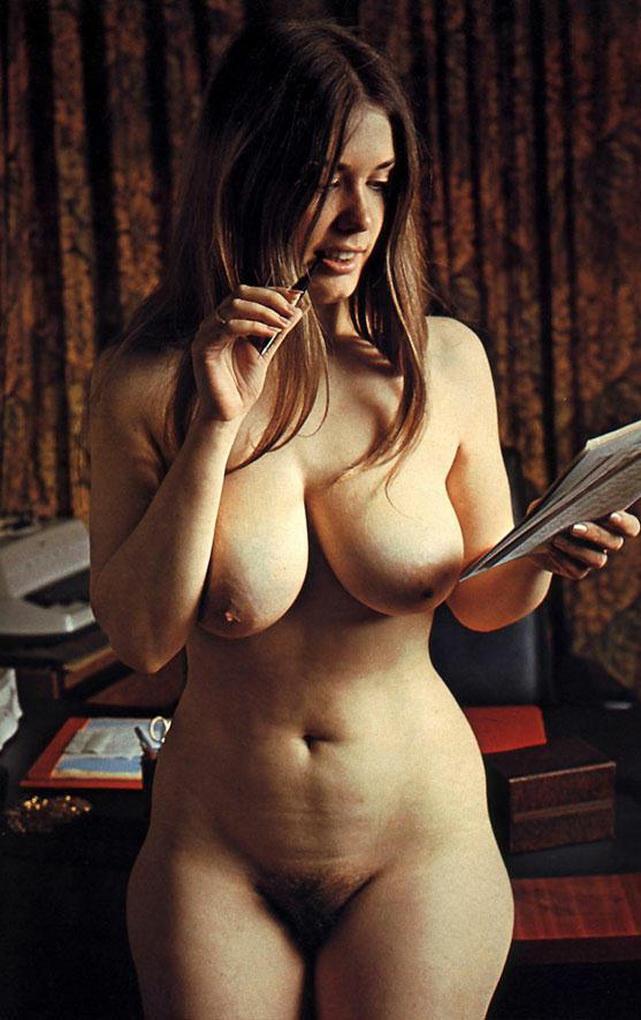 secretary-porn-Busen-Magazine