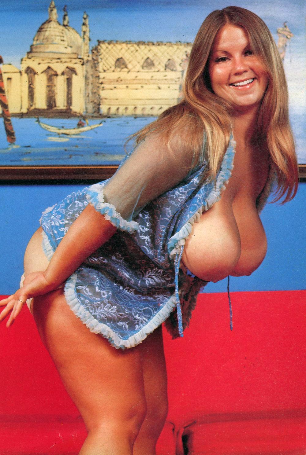 BBW model Karen Brown 19.jpg