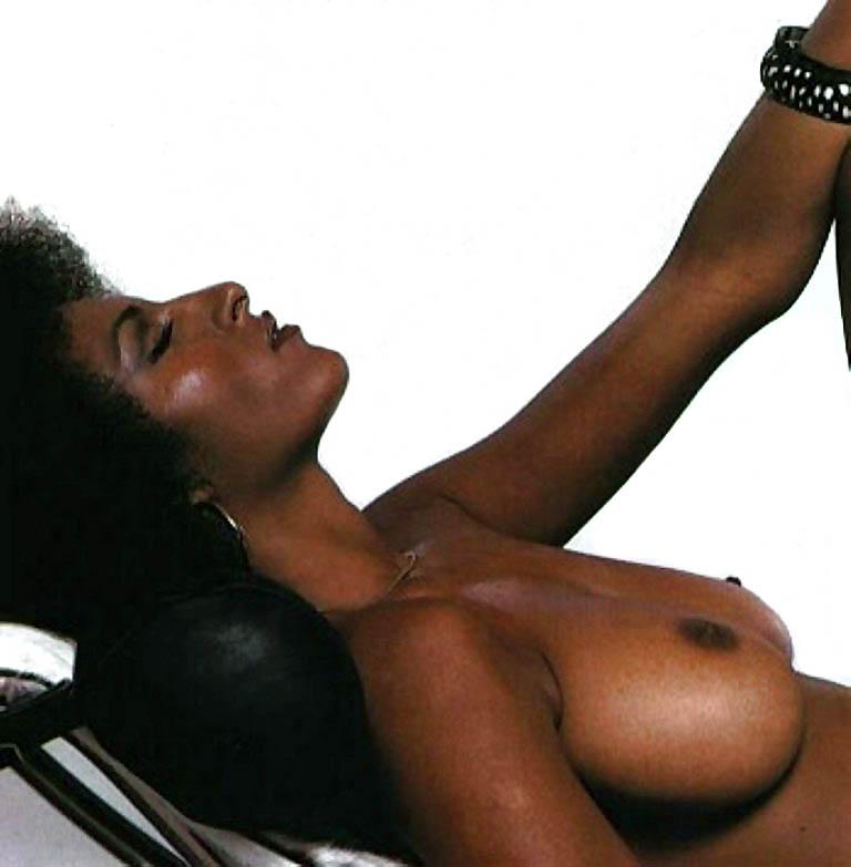 Pam Grier Nude 04 Jpg