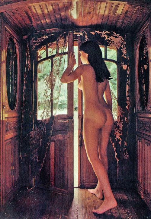 08 Le-zingare-inventate-Playmen-Magazine-1974.jpg