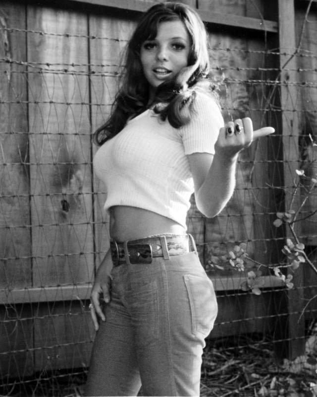 vintage photo of teen htchhiker in tightshirt, Rene Bond..jpg