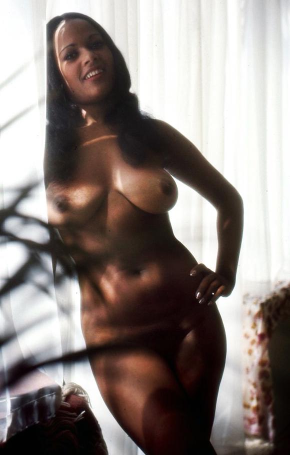 02 Isabel-Garcia-Orobiyi-penthouse-magazine-1972-vef.jpg