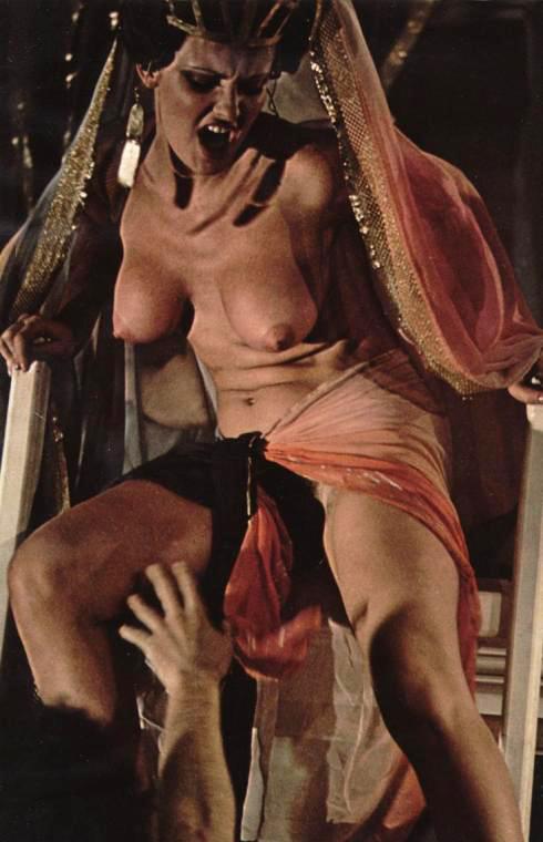 20 Caligula.jpg