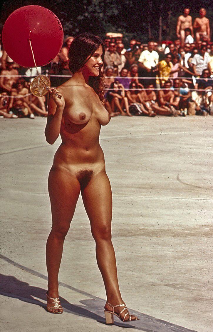 Amateur Nudist Teen with Tanlines.jpg