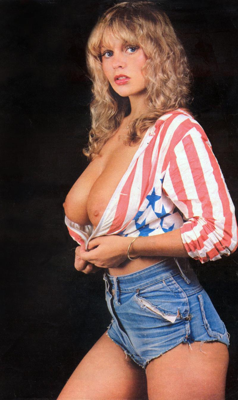 04 cowsinartclass72 - Joanne Latham ~ Rits Magazine, No.20 May 1981.jpg