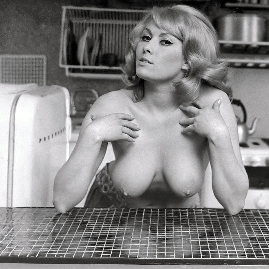 Teri Martine in the kitchen.jpg