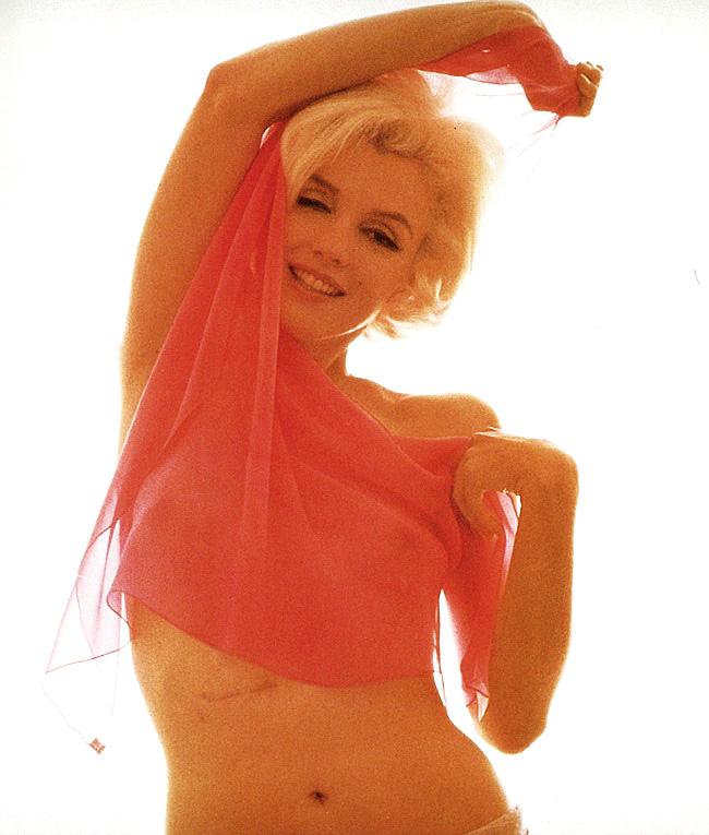 Marilyn Monroe Bert Stern 1962 color sheer 5.jpg