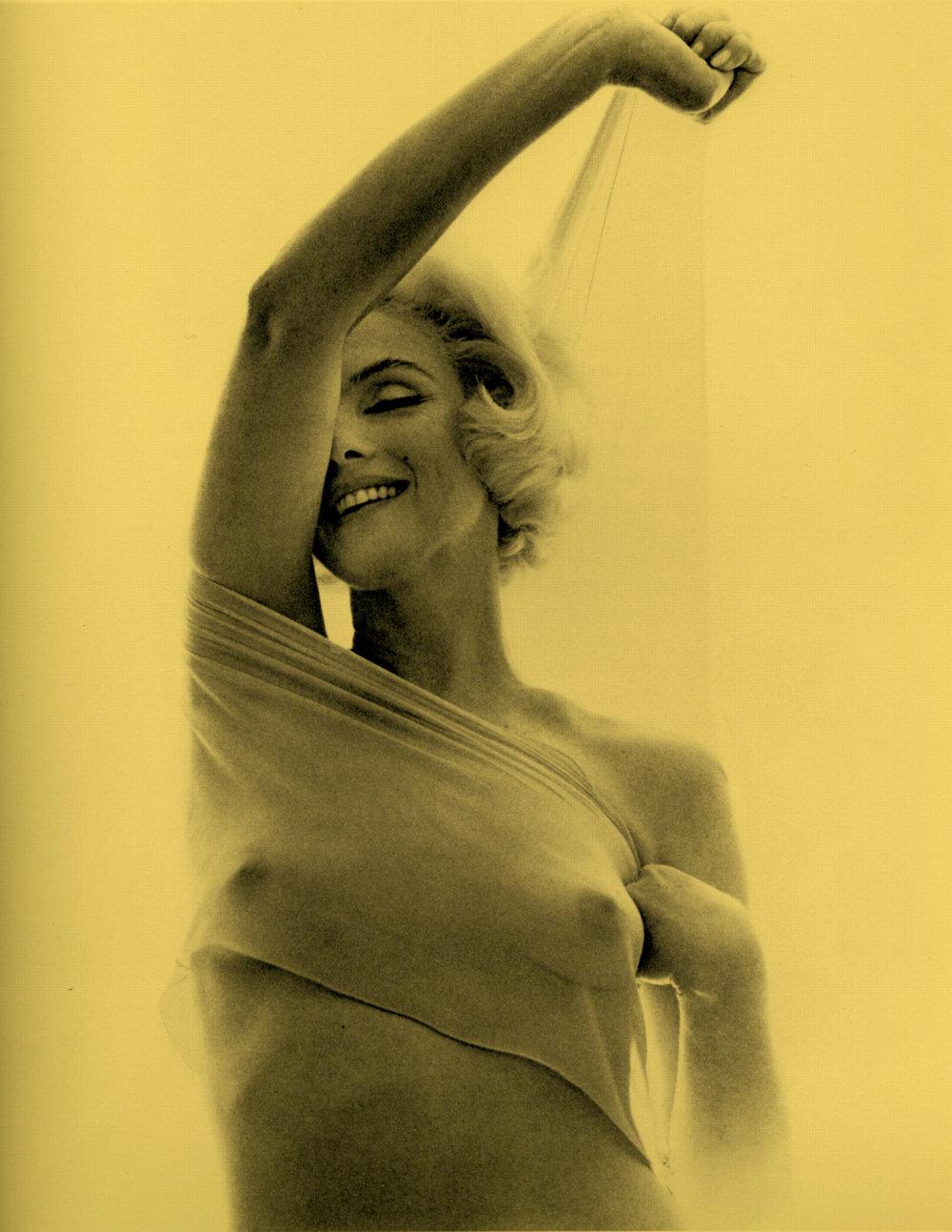 Marilyn Monroe Bert Stern 1962 sheer 3.jpg