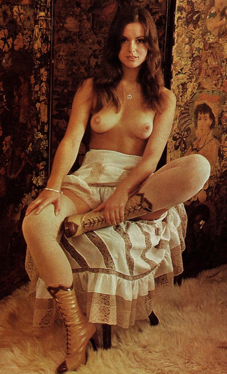 Eve Astor Knave Magazine 1975.jpg