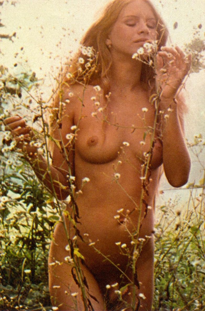 15 Teresa Ann Savoy Playboy Italy 1976.jpg