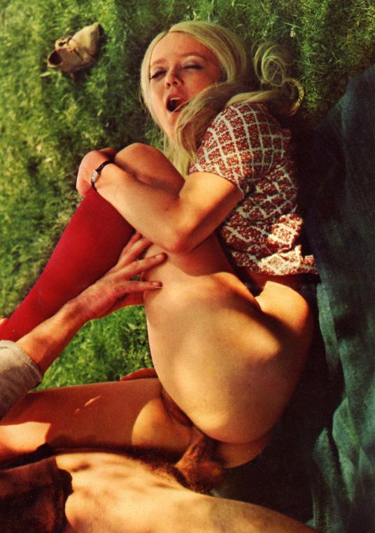 Outdoor Sex Hippie Porn 09.jpg