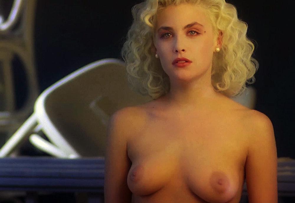 Sherilyn Fenn Nude 2.jpg