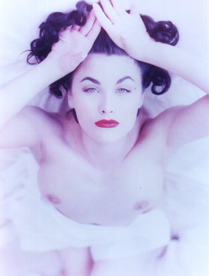 Sherilyn Fenn Nude glamour.jpg