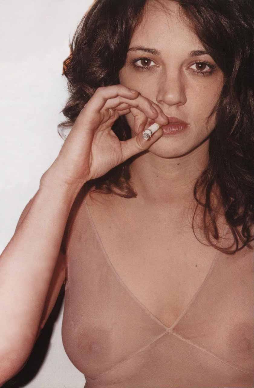 Asia Argento Nude 05.jpg