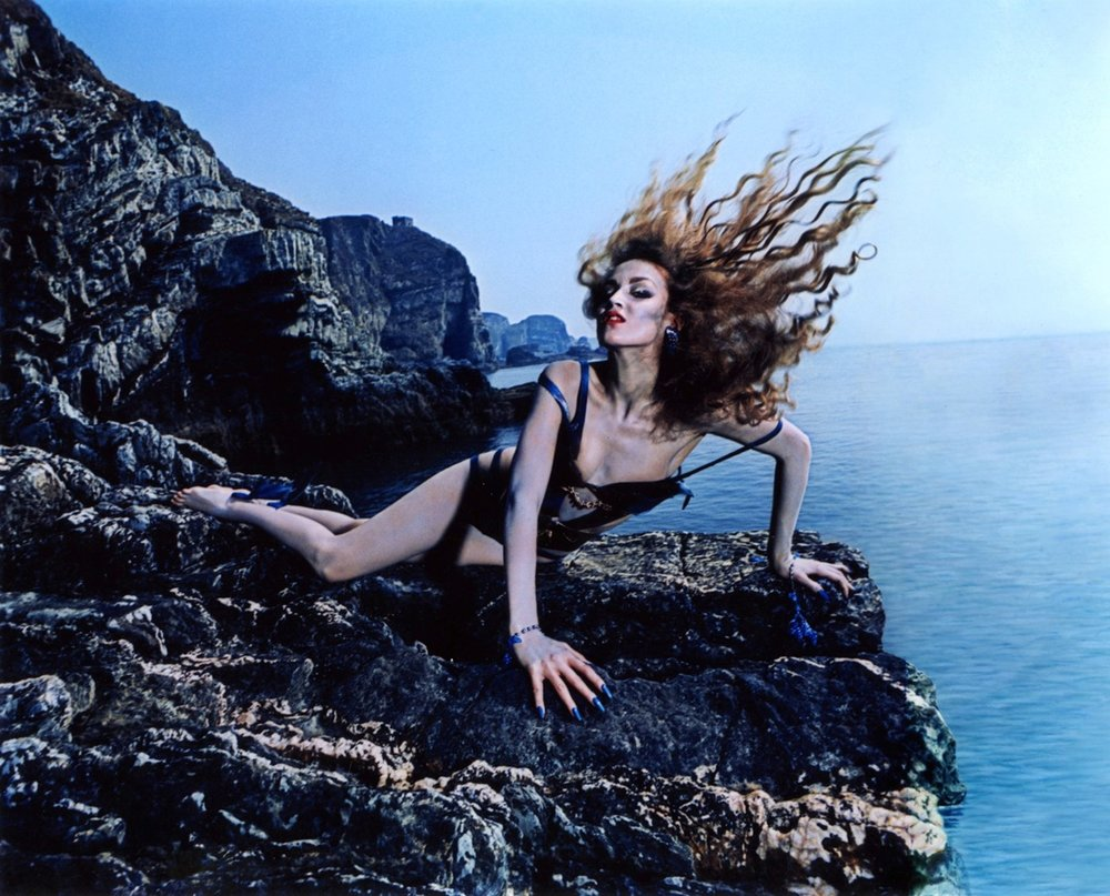Jerry Hall Siren 1975 outtake 2.jpg
