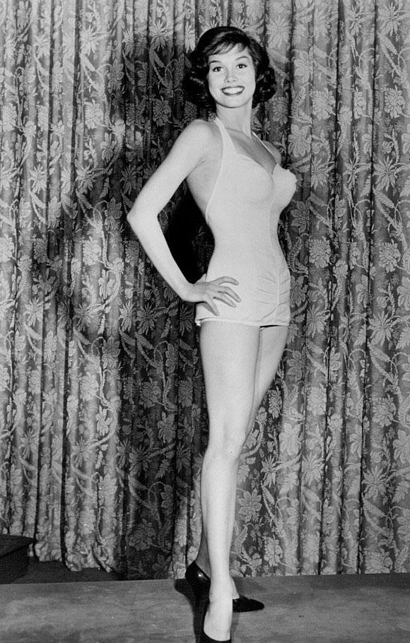 Mary Tyler Moore 6.jpg