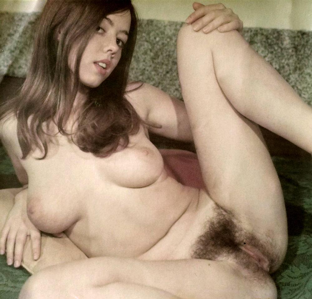 02 Hairy Amateur Teen.jpg
