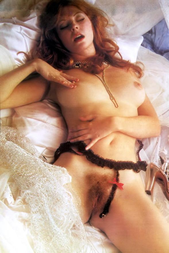 Elvira Nude 05.jpg