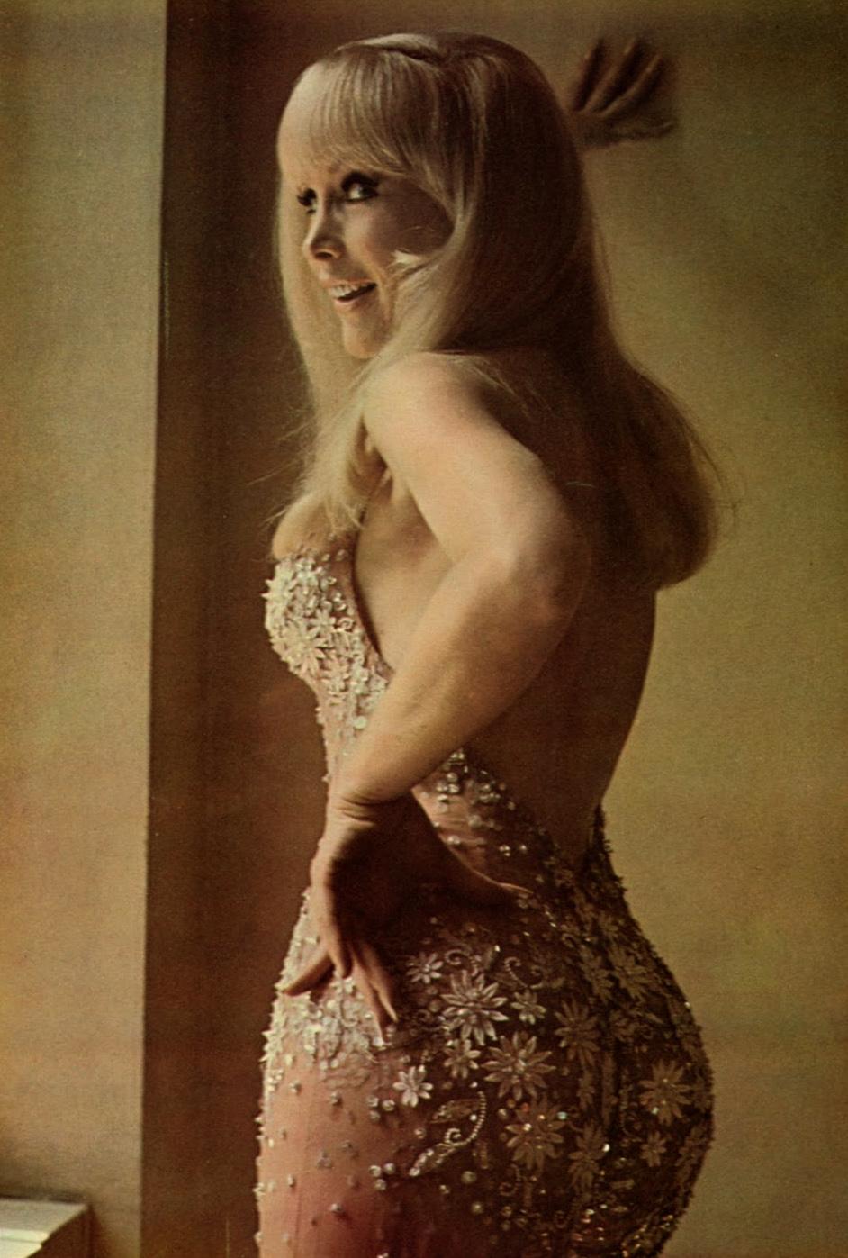 Barbara Eden 10.jpg