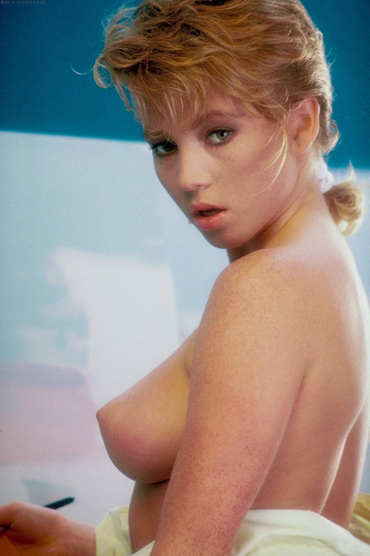 Pornstar Barbii 26.jpg
