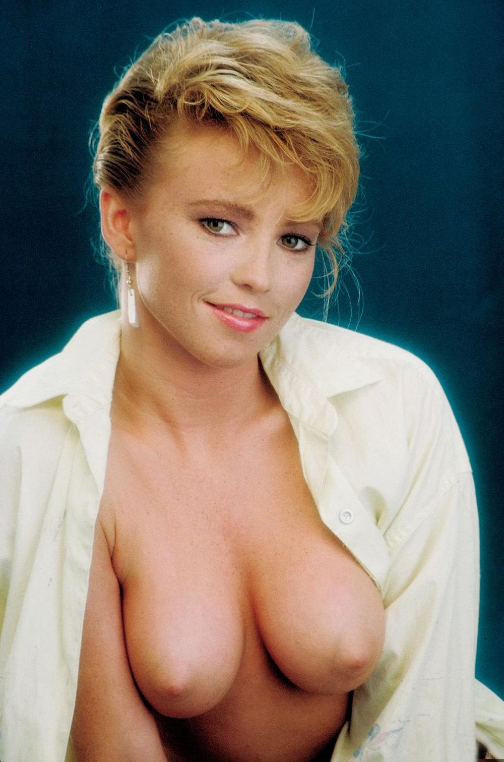 Pornstar Barbii 29.jpg