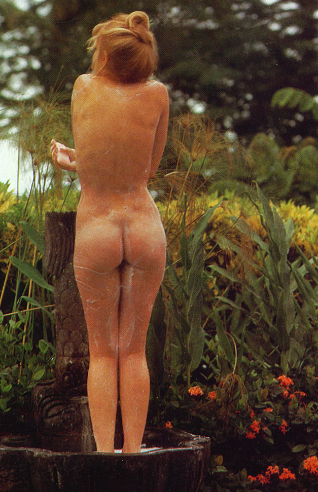 Cyndi Wood Playboy Playmate Of The Year 1974 04.jpg