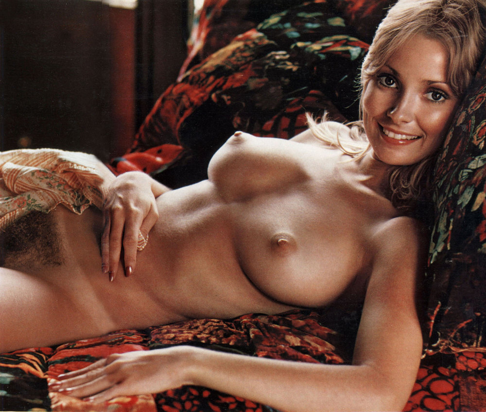 Cyndi Wood Playboy Playmate Of The Year 1974 12.jpg