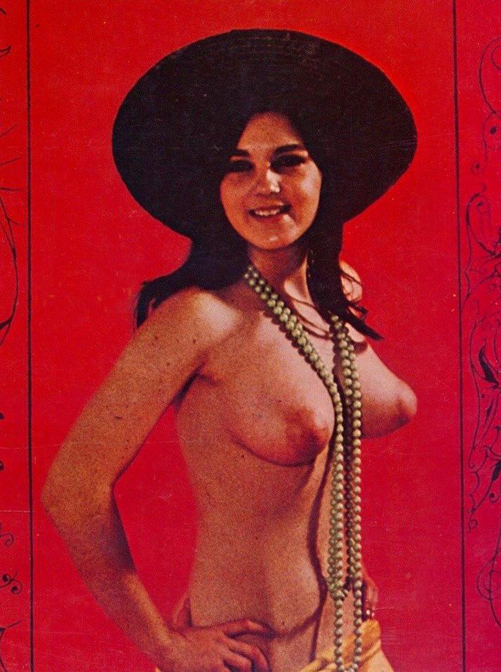 01 Lynn Reeves Pendulum Magazine Vol 01. No. 03.jpg
