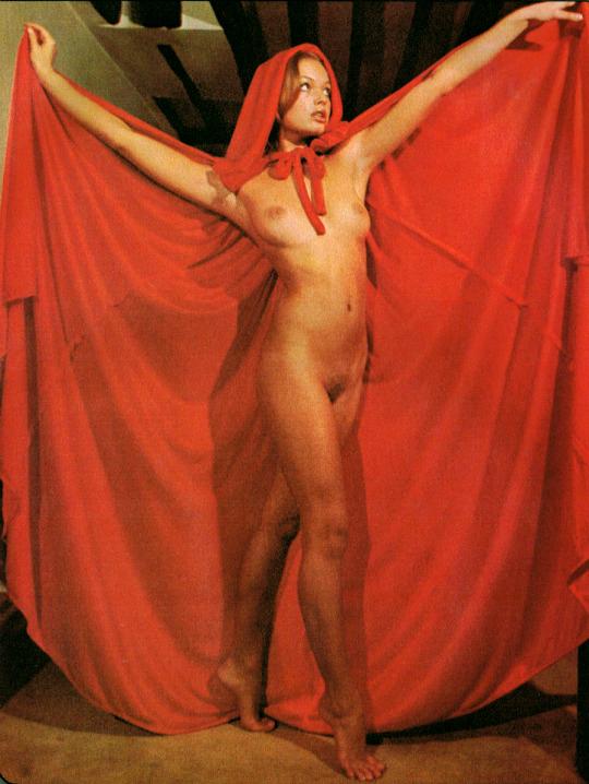 05 Little Red Riding Hood Porn Andrea Rau Carnival Magazine 1972.jpg