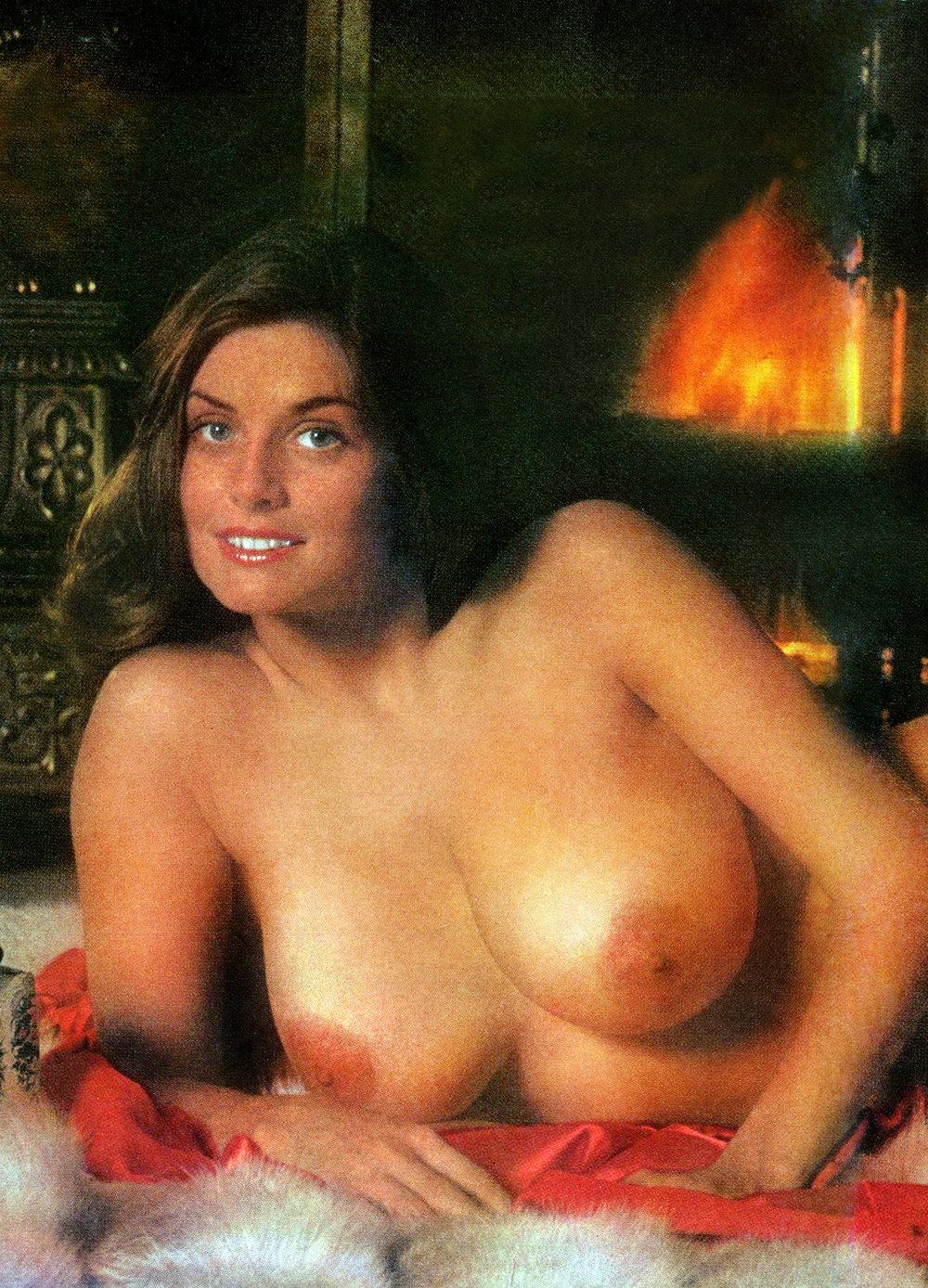01 Marilyn Lange Playboy Magazine 1976.jpg