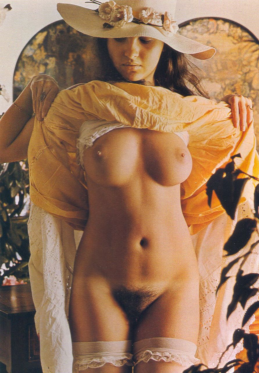 01 Dulcie Scott Men Only Magazine 1974.jpg