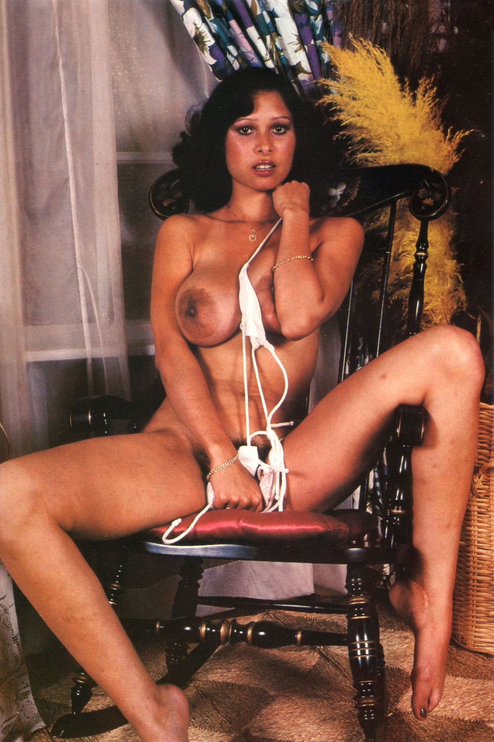 03 Rosemary Lorenz Sex World MAgazine - Ballons 6 .jpg